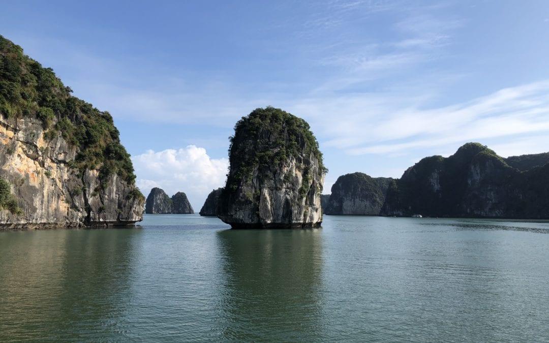 """Von der Halong Bucht über die """"Verlassene Insel"""" nach Ninh Binh"""